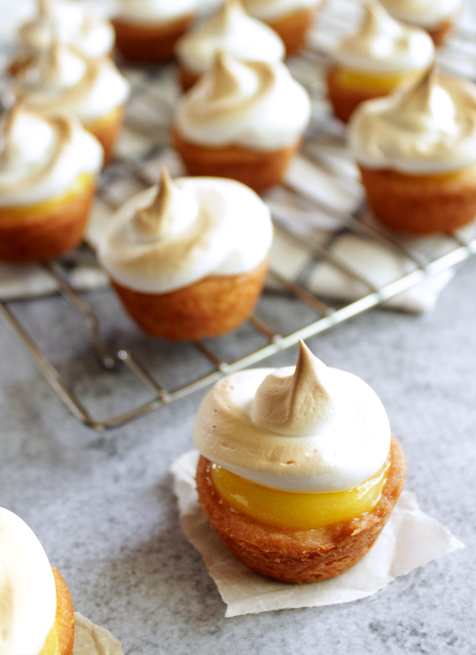 pies lemon meringue pie for me mini lemon meringue pies lemon meringue ...