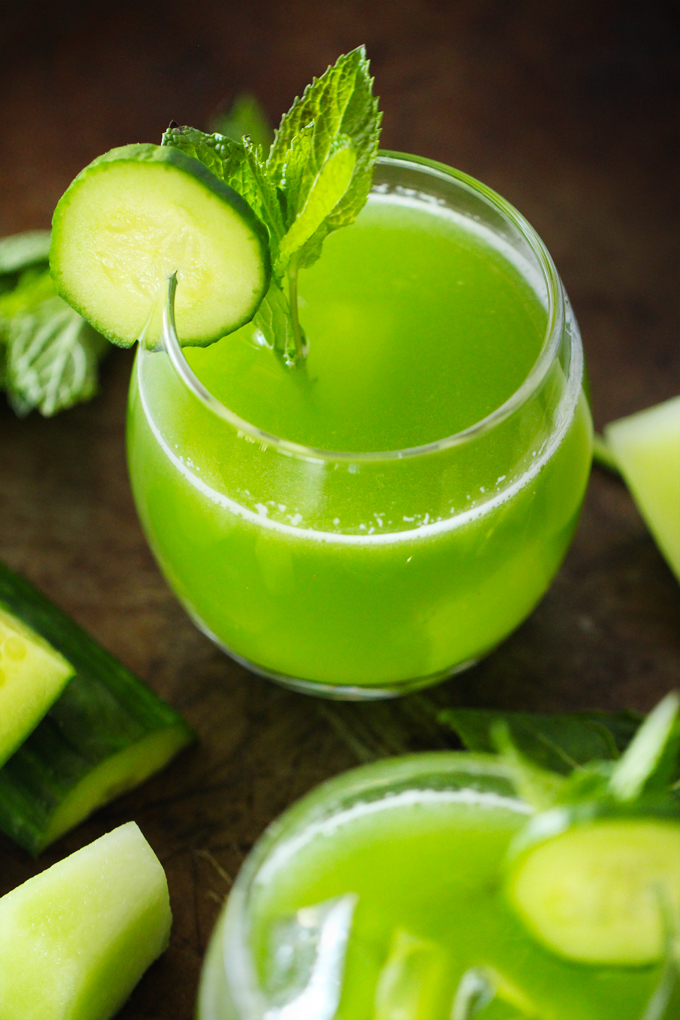 Check out 29 Mixed Drinks Recipes For Labor Day 2015 at https://homemaderecipes.com/mixed-drinks-for-labor-day-2015/
